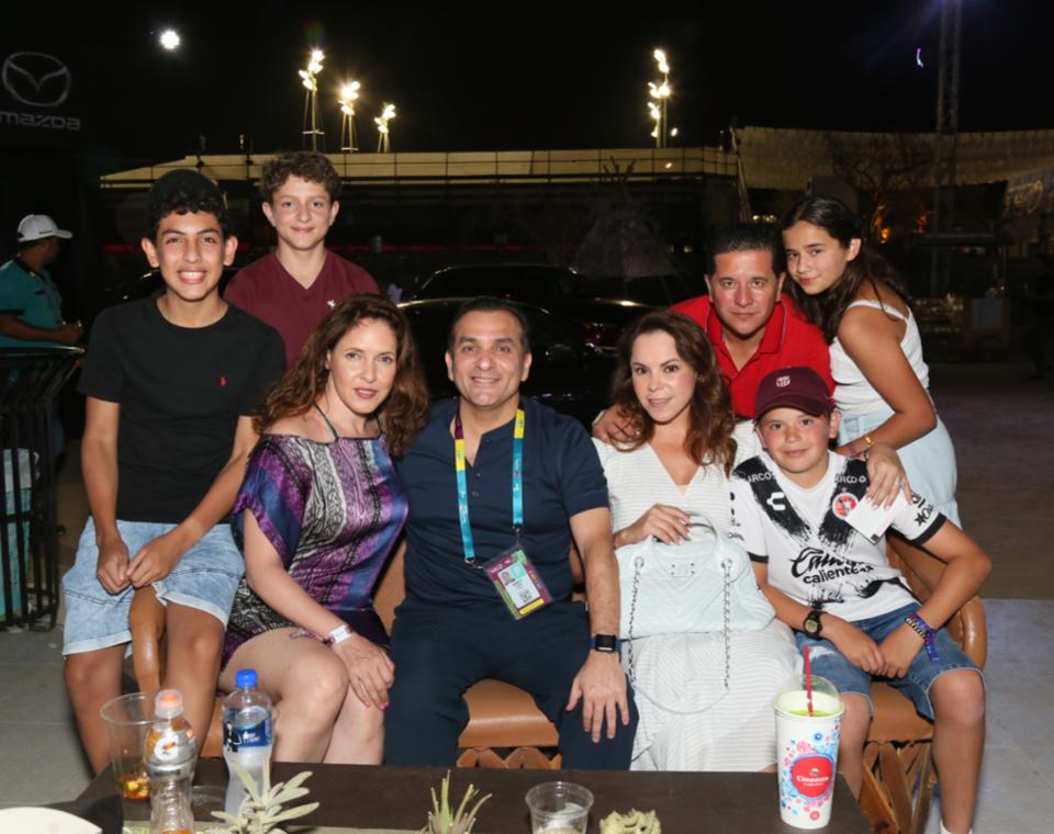 Familia y amigos en el penúltimo día del Abierto de Los Cabos