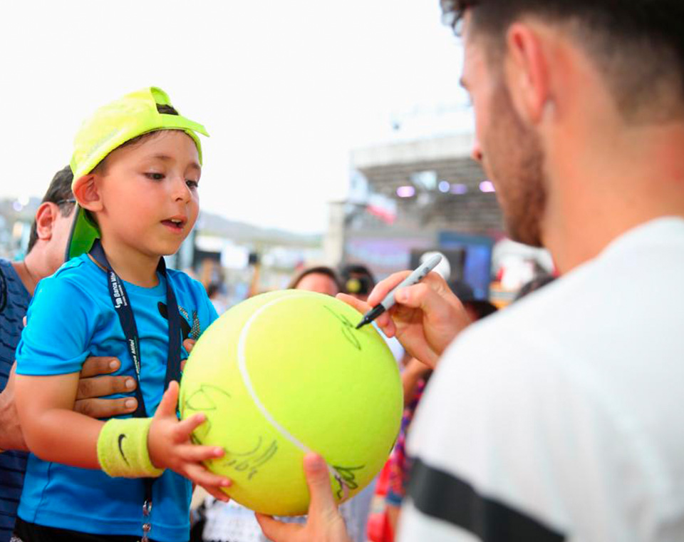 Tennis players of the ATC 2019 autograph signings